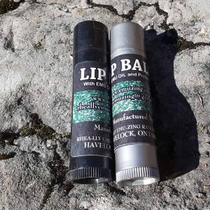 emu-oil-lip-balm-peppermint-liquorice